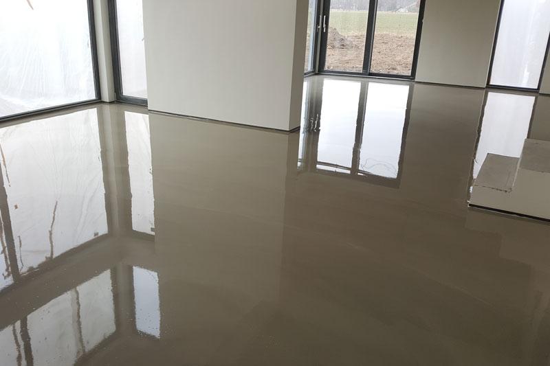 PLASTSERVIS -Samonivelační polymercementové podlahy